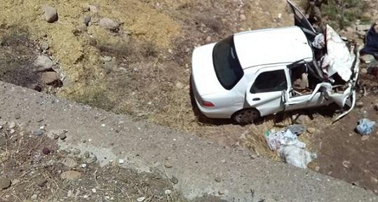 Sincik Teğmenli Köyü Yakında Kaza:2 Ölü 3 Yaralı