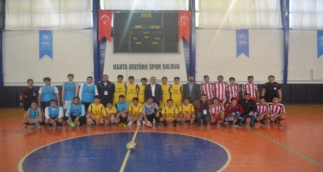 Kahta'da okul sporları müsabakaları başladı