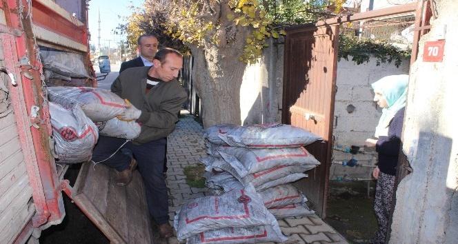 Suriye, Irak ve Afganistanlı ailelere kömür yardımı