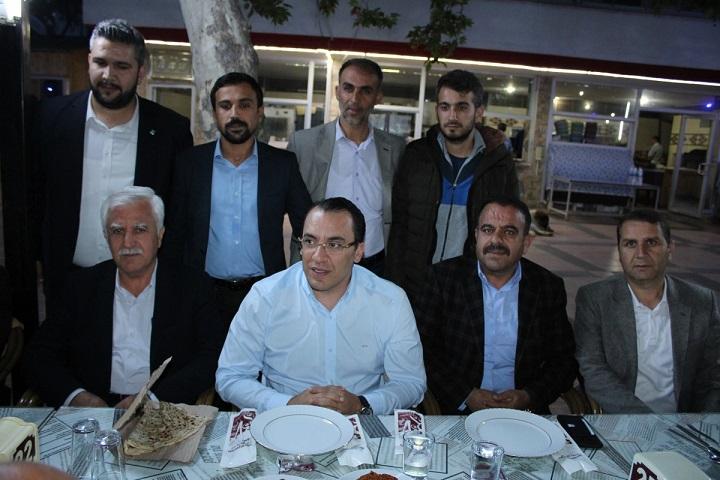 Kahta Dirilişspor, Kupasını Aldı Belediyeden 500 bin TL Yardım Sözü Verildi