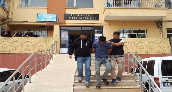 Kahta'da Esnafları kandıran şahıs tutuklandı