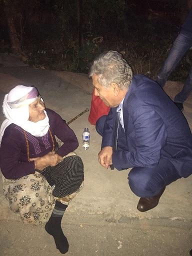 """Yaşlı Kadından Mahmut Bozkurt'a: """"17 Yıldan Beri Bu Memleket Size Hasret"""""""