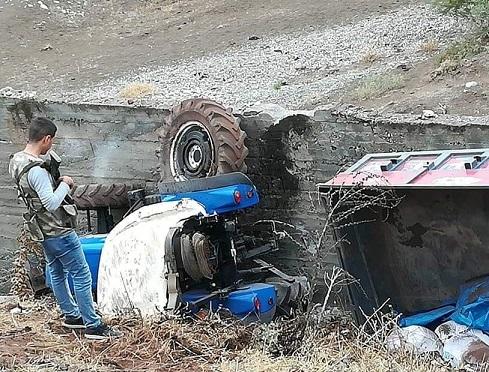 Gerger'de traktör kazası: 1 ölü