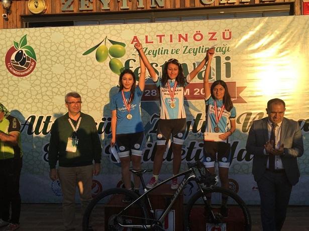 Dağ Bisikleti Yarışında İlk Üç Kürsüsüne Adıyaman Çıktı