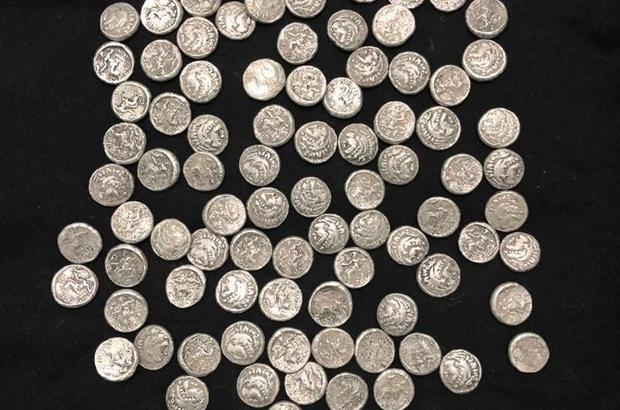 Helenistik döneme ait gümüş sikkeler ele geçirildi: 1 gözaltı