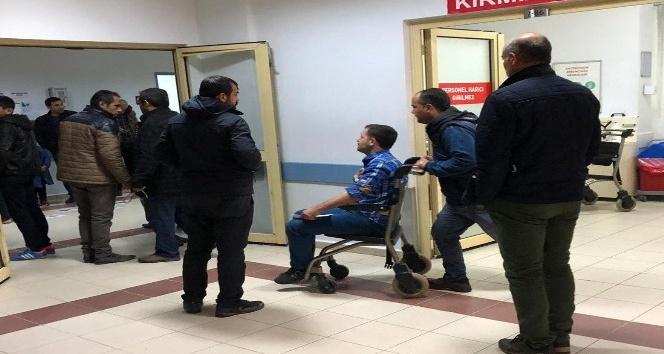 Kahta'da İki otomobil çarpıştı: 3 Yaralı