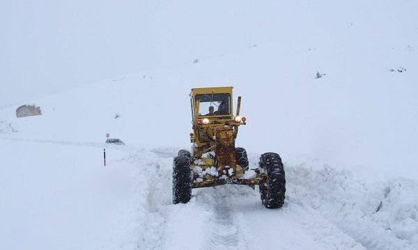 Adıyaman'da Ulaşıma Kar Engeli: 63 Köy Yolu Kapandı