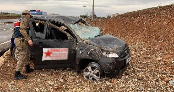 Kahta'da otomobil takla attı: 8 yaralı