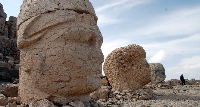 Nemrut Dağı'na Girişler Ücreti 25 Tl Oldu