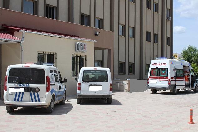 Kahta'da Motosiklet Yaya'ya Çarptı: 1 Ağır Yaralı