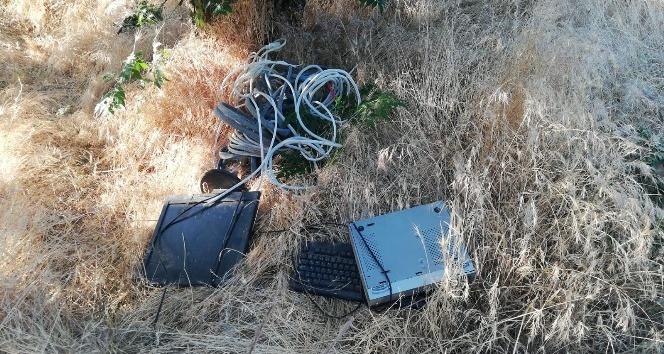Hasancık Köyünde Elektrik direğinden kablo çalarken yakalandı