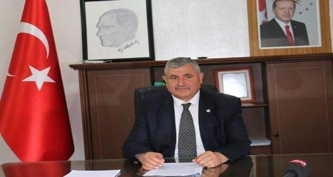 Başkan Turanlı, Badem üreticilerimizi hayal kırıklığına uğratmıştır