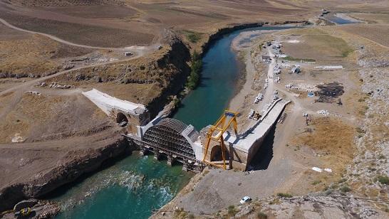 İki Asır Önce Komşu Köylerin Yıktığı Tarihi Köprüde, Restorasyon Sürüyor