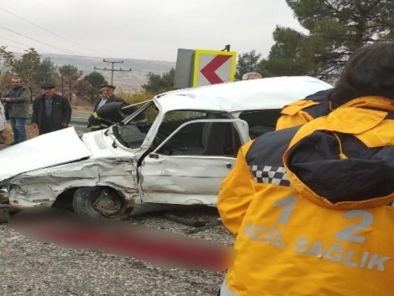 Kazada ağır yaralanan genç hayatını kaybetti