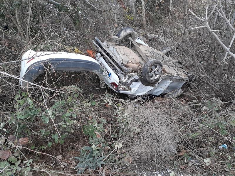Kahta-Siverek karayolunun Kaza:2 Yaralı