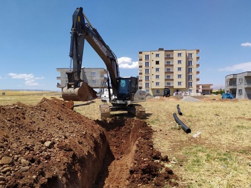 Kahta'da Girne,Turgut Özal ve Camii Mahallerin Kanalizasyon Sorunu Çözülüyor