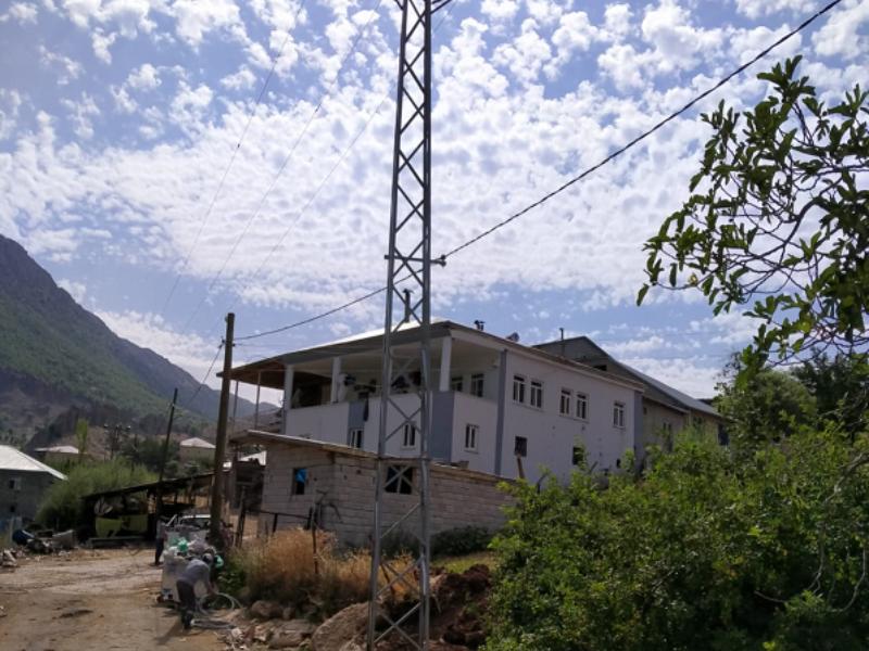 Akedaş, Tehlike Arz Eden Köye Yetişti