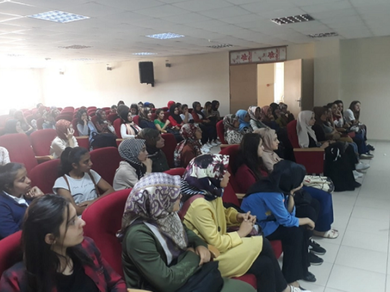 Kahta Halk Eğitim Merkezi 104 öğrenciyi üniversiteli yaptı