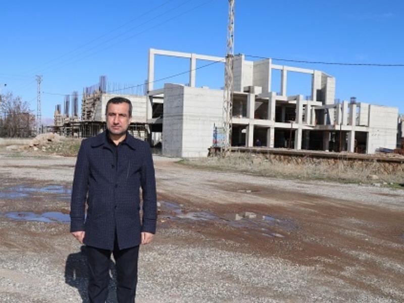 """Başkan İşeri, """"Kahta Spor Kompleksi Ortada Kaldı"""""""