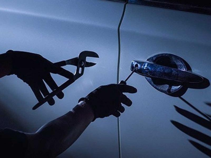 Kahta'da oto aksesuar hırsızlığı arttı
