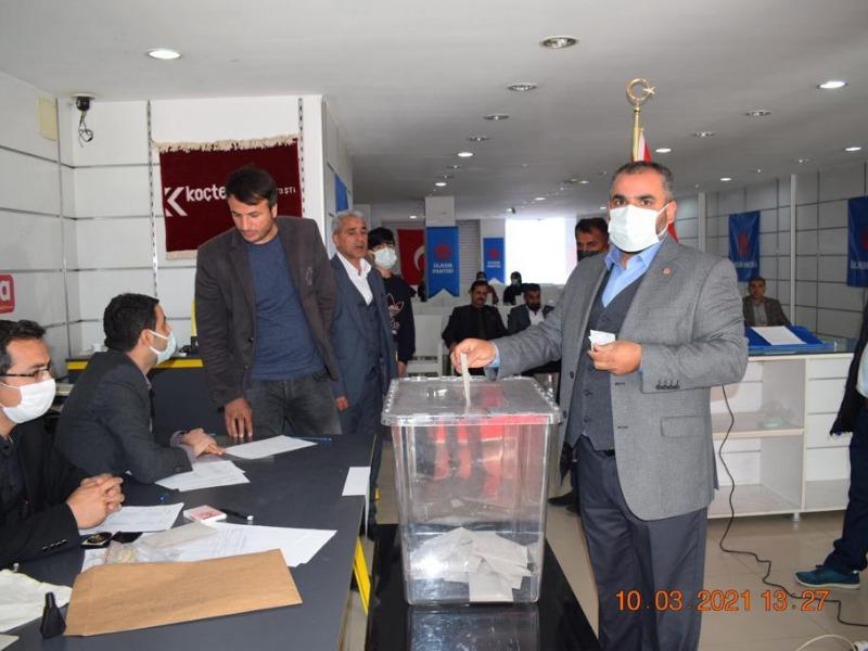 Ülkem Partisi Kahta İlçe Kongresi Yapıldı